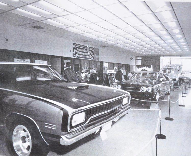 60'-70' Mopar Street Machines Tumblr_mv1d4fcLp61s3pgtho1_1280