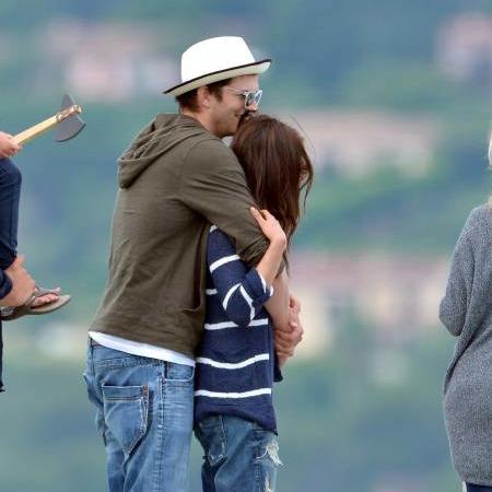 Mila Kunis and Ashton Kutcher. - Page 2 Tumblr_muzvu7QI3a1stwwoqo3_500