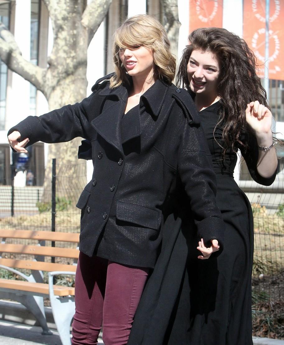 Posible colaboración » Taylor Swift & Lorde - Página 2 Tumblr_n26p3uxleG1sjfivno4_1280