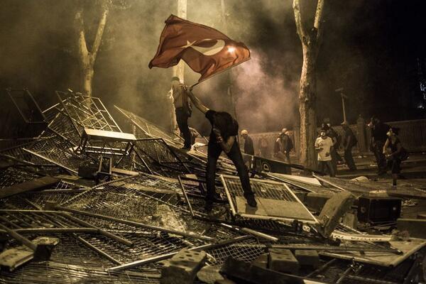 Istanbul: la protesta diventa rivolta Tumblr_mnqpr3hRfh1ste7qoo1_1280