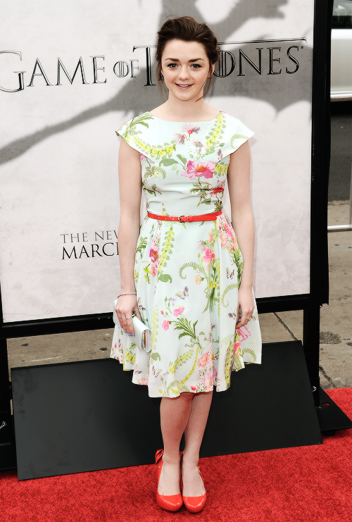 Maisie Williams (Arya Stark) Tumblr_mjw17zQd7H1r93oioo1_500