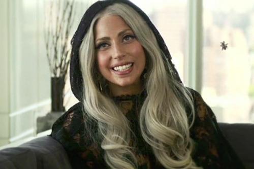 Lady Gaga >> Gifs - Página 37 Tumblr_mt24qxbLvS1r9w1oso1_500