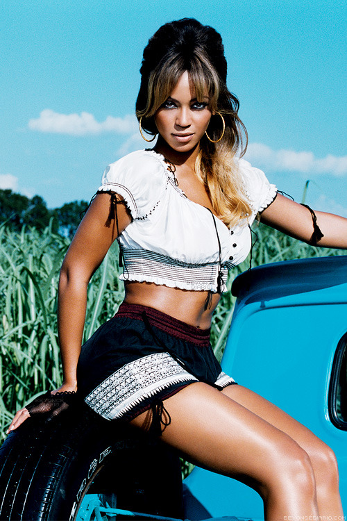 "Beyoncé >> álbum ""B'Day"" - Página 15 Tumblr_n3gz6p9nH51qj7ah5o1_r2_500"