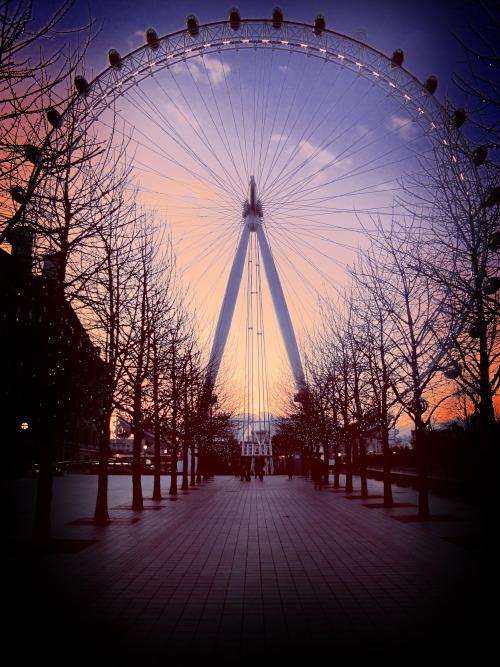 . London . - Page 2 Tumblr_mh5cegbfrL1qd0nsao1_500