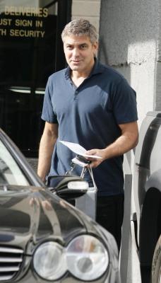 George Clooney George Clooney George Clooney! Tumblr_msflo21Mgw1sblz9yo2_250