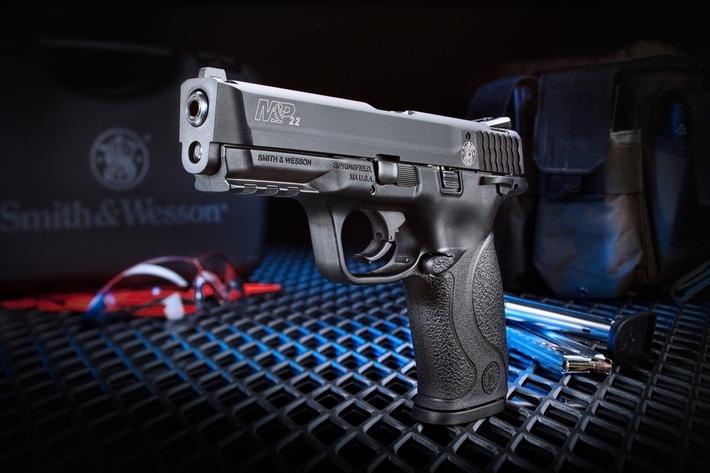 Smith & Wesson MP22 ? Tumblr_metfwoHON01r4x3bno1_1280