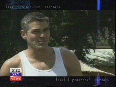 George Clooney George Clooney George Clooney! Tumblr_mq1v7bBnvv1sovr1lo3_400