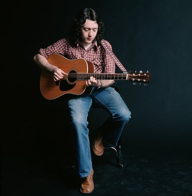 Guitares acoustiques - Page 8 Tumblr_n0hdj6Z2Nm1qcy1b5o1_400
