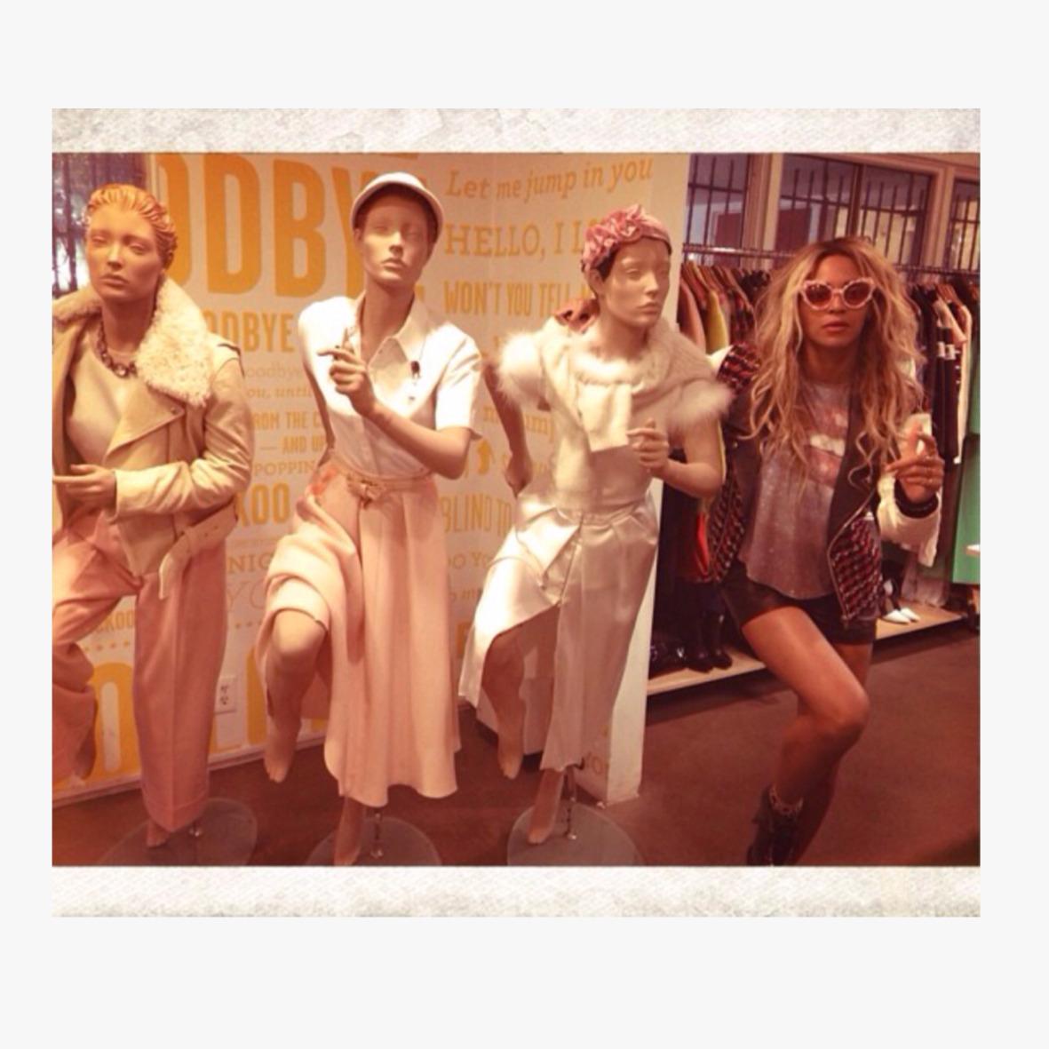 Beyoncé - Twitter (@Beyonce), Instagram (Baddiebey), Tumblr (I Am...) - Página 49 Tumblr_mxiw32upgo1t2kw8no1_1280