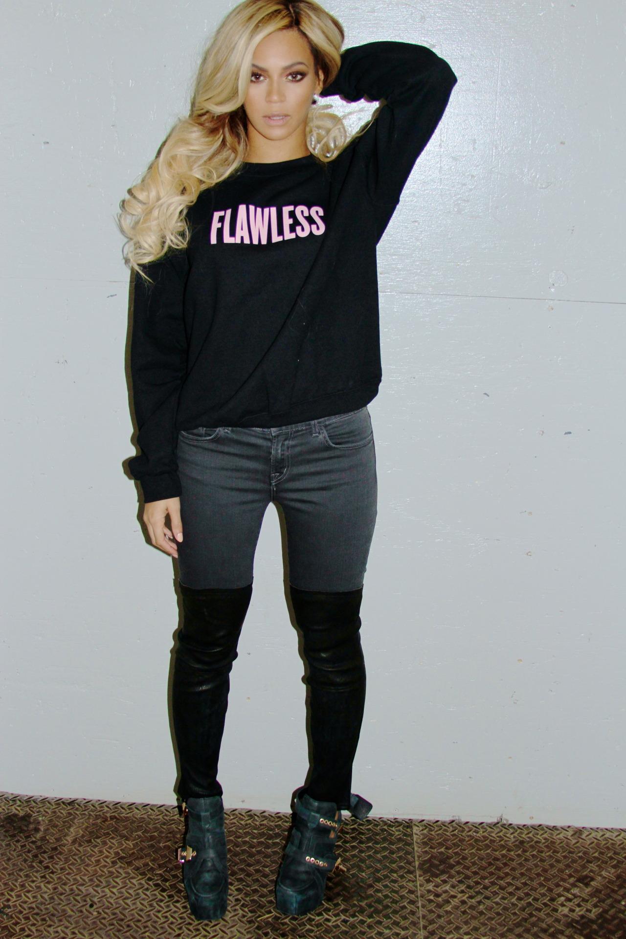 Beyoncé - Twitter (@Beyonce), Instagram (Baddiebey), Tumblr (I Am...) [II] - Página 2 Tumblr_n0i5fiGk7F1rqgjz2o1_1280