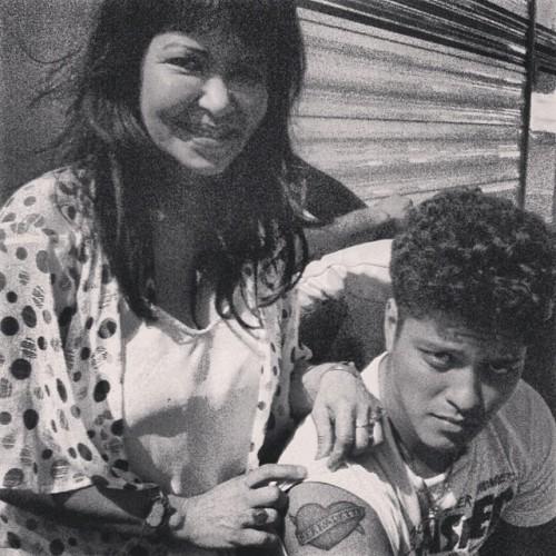 Otras celebridades hablan sobre Bruno Mars - Página 5 Tumblr_n0e0xqvIIy1rgu4kio1_500