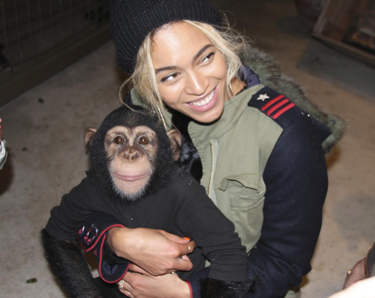Beyoncé - Twitter (@Beyonce), Instagram (Baddiebey), Tumblr (I Am...) [II] Tumblr_mzgklwQTls1rqgjz2o1_1280