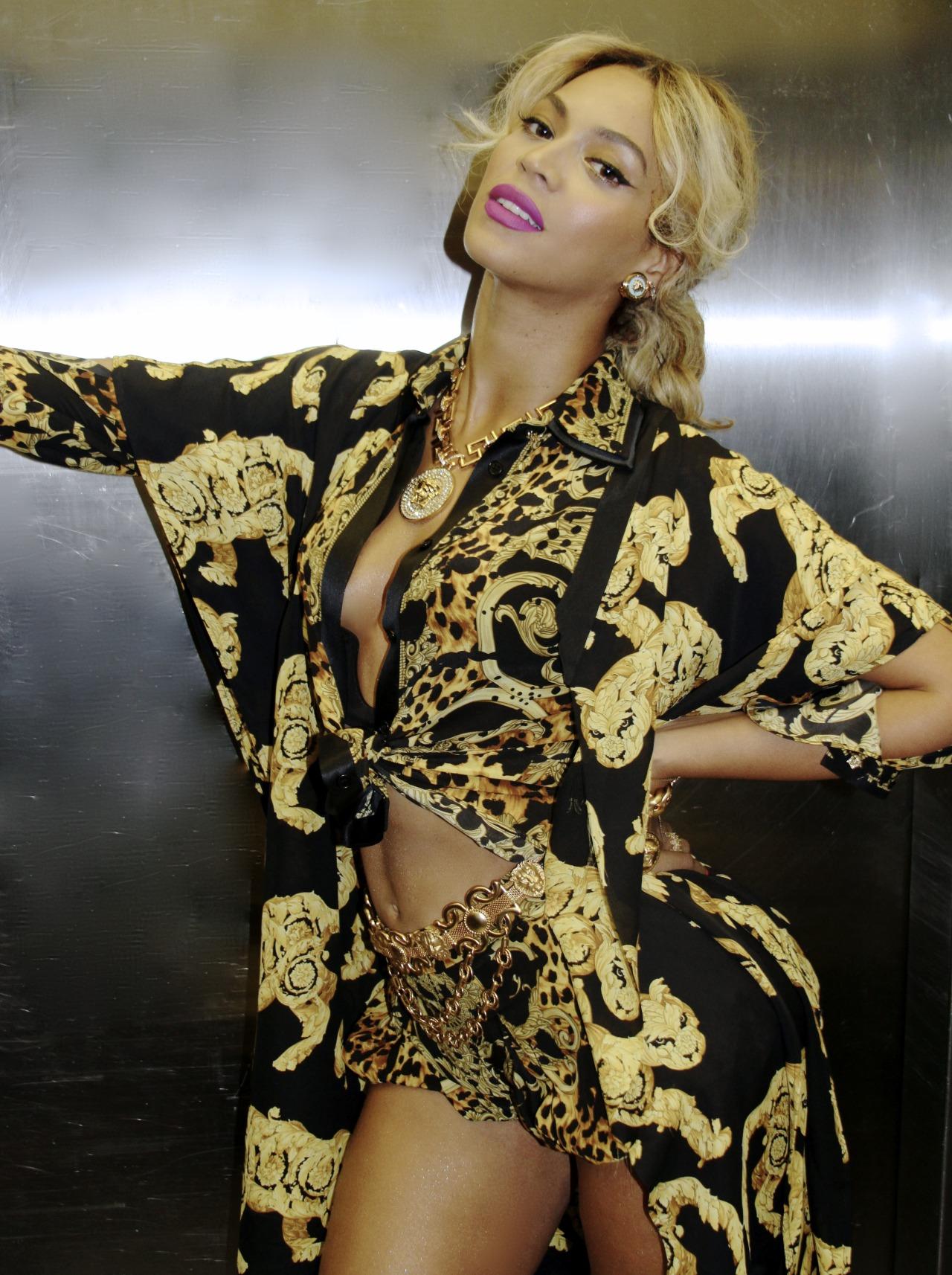 Beyoncé - Twitter (@Beyonce), Instagram (Baddiebey), Tumblr (I Am...) [II] Tumblr_mzgcjoAYzl1rqgjz2o1_1280