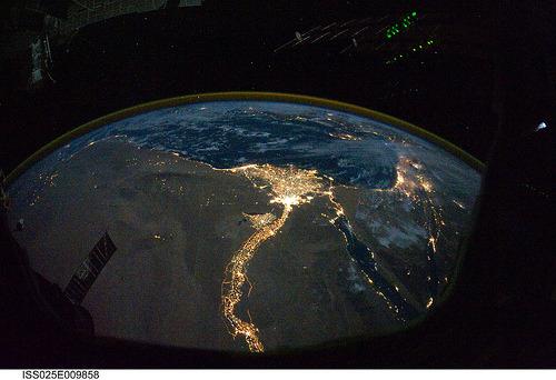 Slike Zemlje iz svemira  Tumblr_lf37xd7FH61qfyyxzo1_500