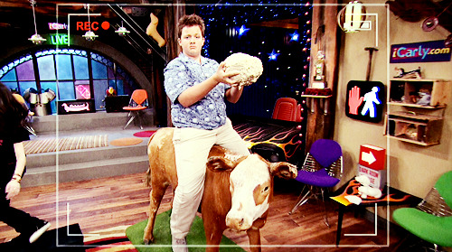 iCarly [serial]. - Page 39 Tumblr_ljfnn3dJ491qg64bjo1_500
