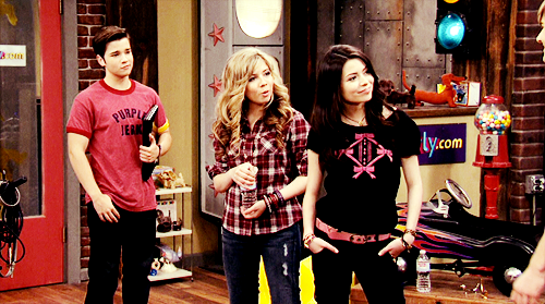 iCarly [serial]. - Page 39 Tumblr_ljfo23lwYE1qg64bjo1_500