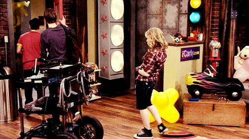 iCarly [serial]. - Page 39 Tumblr_ljfo7km6XR1qg64bjo1_500