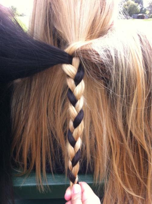 Hair Style. - Page 3 Tumblr_ljiz0tCoLI1qba0yio1_500
