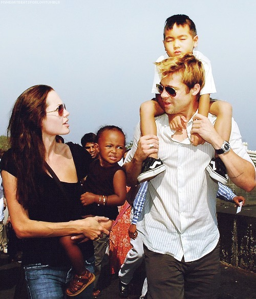 Brad Pitt and Angelina Jolie. - Page 3 Tumblr_ll93xpNQf61qe747eo1_500