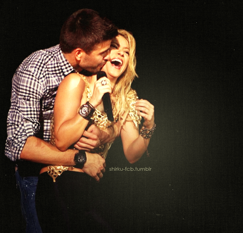 Shakira and Pique. - Page 3 Tumblr_lm0gp1Ihzy1qelyjzo1_500