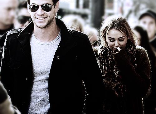 Miley Cyrus and Liam Hemsworth. - Page 2 Tumblr_lnd77uA5HJ1qm0kz0o1_500