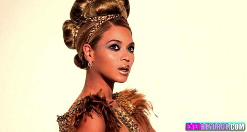 Beyonce. <3 Tumblr_loc0zbV2Qp1qio7ylo1_500