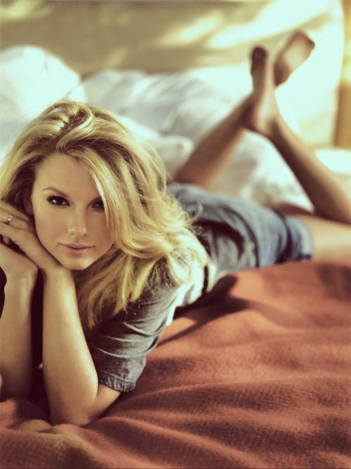 Taylor Swift - Page 5 Tumblr_lolsbsQ58p1qcqqjlo1_500