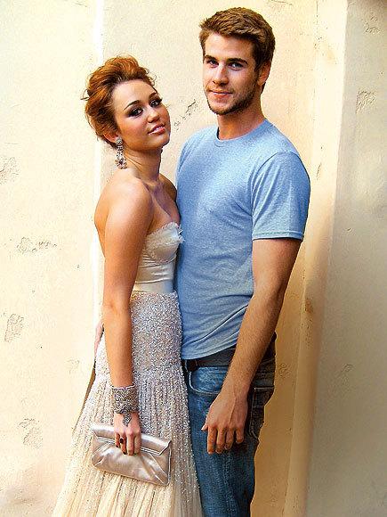 Miley Cyrus and Liam Hemsworth. - Page 3 Tumblr_loowk66AAK1r06646o1_500