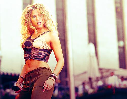 Shakira.;* - Page 39 Tumblr_lp4lrfSfuq1qdafsho1_500