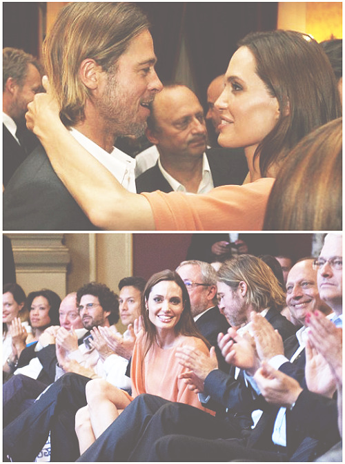 Brad Pitt and Angelina Jolie. Tumblr_lpoy0rq51H1qdibj5o1_500