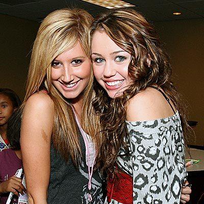 Ashley Tisdale and Miley Cryus Tumblr_lqix9s4uQw1qi7yi5o1_400