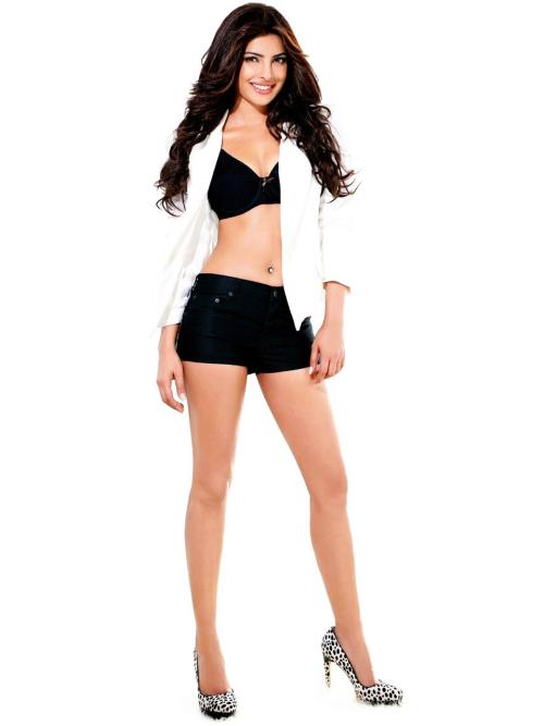 Priyanka Chopra - Stránka 3 Tumblr_lsqi4vUyZE1qg06l9o1_500