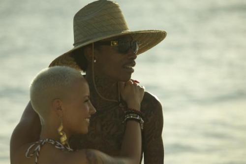Wiz Khalifa and Amber Rose. Tumblr_lvbo0kAY001r78b6yo1_500