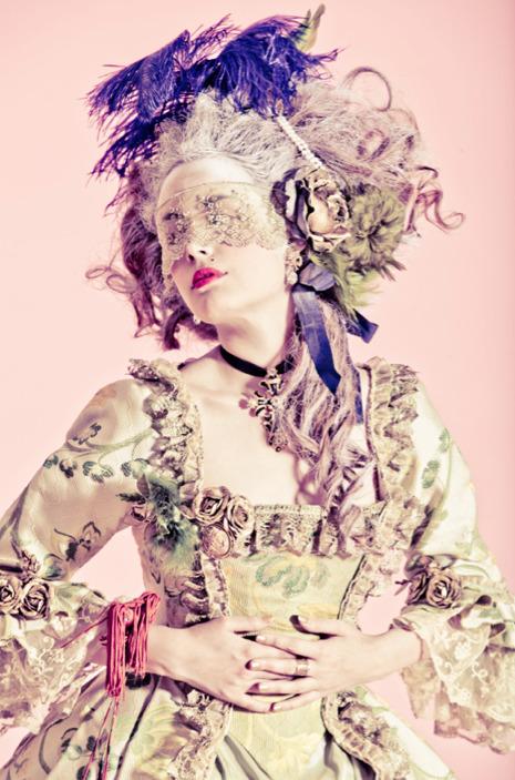 mode - Marie-Antoinette muse de la Mode  Tumblr_lvf5uuPZHt1r547xqo1_500