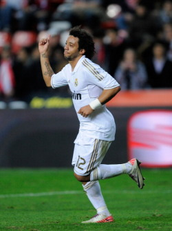 Real Madrid.[2] - Page 3 Tumblr_lvn7cgl51X1r1ys3lo2_250