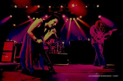 Evanescence - Page 2 Tumblr_lvr5t2aPaO1r18o2so1_500