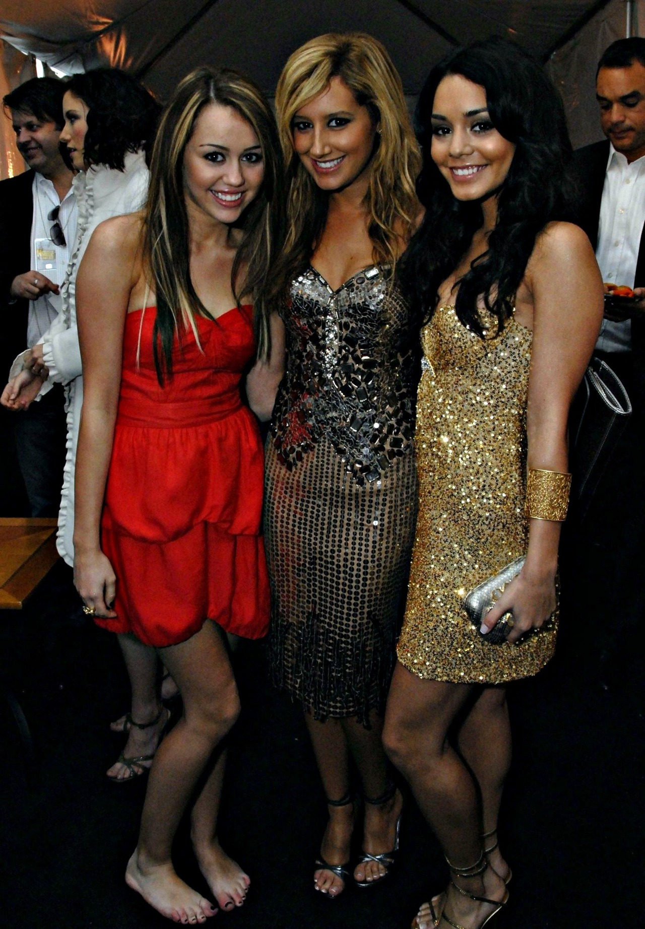 Ashley Tisdale and Vannesa Hudgens - Page 5 Tumblr_lz4y8wdKs41ro20qso1_1280