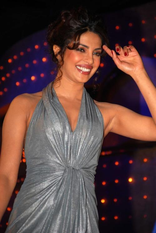 Priyanka Chopra - Stránka 4 Tumblr_m1xhz5rVEV1rt4ecwo1_500