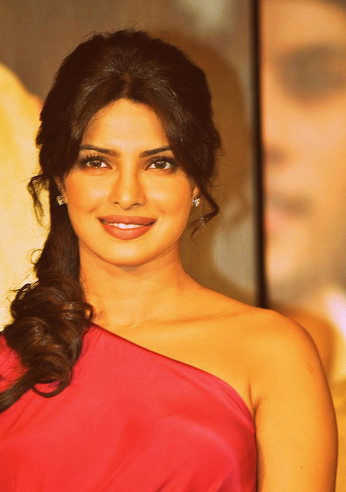 Priyanka Chopra - Stránka 4 Tumblr_m2cudlGUJg1r3lx0ro2_1280