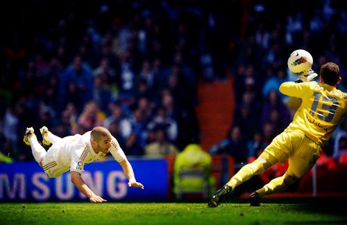 Real Madrid [3]. - Page 37 Tumblr_m38q99eORS1qzqmo7o1_500