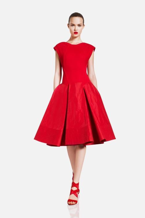 Haljina - svečana, duga,kratka... haljina kao modni detalj - Page 2 Tumblr_m3b97547FD1r3579qo1_500