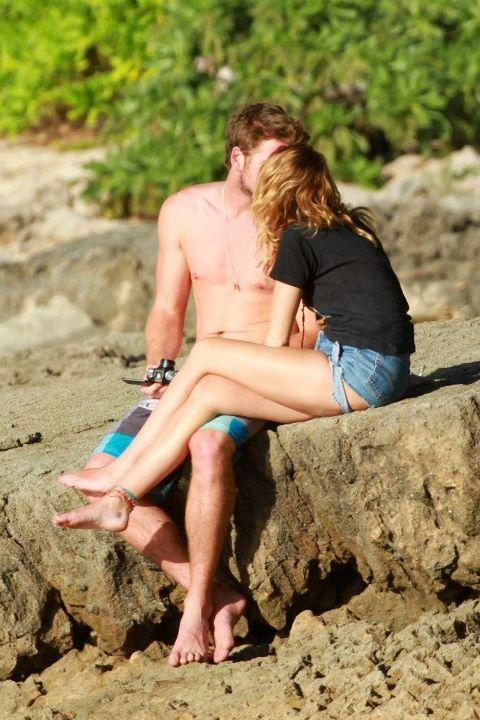 Miley Cyrus and Liam Hemsworth. - Page 6 Tumblr_m3tkkkNhpe1rr504ho1_500