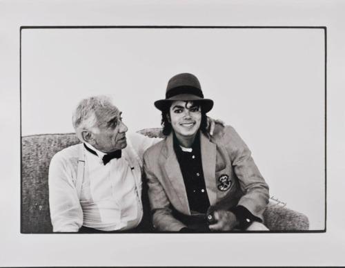 Raridades: Somente fotos RARAS de Michael Jackson. - Página 7 Tumblr_m40i53sxs11r6gi1wo1_500