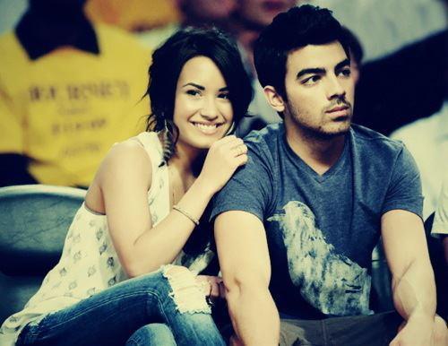 Joe Jonas and Demi Lovato. - Page 5 Tumblr_m4gcs2wM7W1qjyy8ro1_500