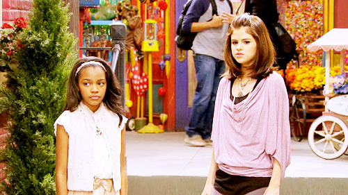 Magicienii din Waverly Place - Page 8 Tumblr_m4hkur1KxS1qeewuqo1_500