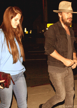 Lana Del Rey going to the Swinger restaurant with Shannon Leto Tumblr_m57iw9jpms1r2d3ybo2_250