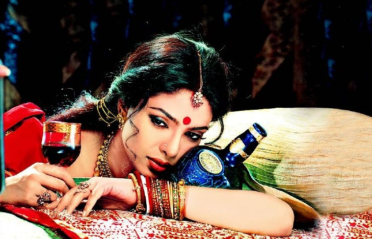 Priyanka Chopra - Stránka 5 Tumblr_m5b7ruXzv61r87pqso1_1280