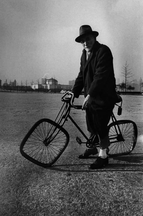 La bicyclette sans fourche d'Olli Errkilla Tumblr_m5buuv75Fv1qhs2y1o1_500