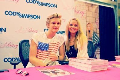 Cody Simpson.[2] - Page 40 Tumblr_m7xc6uemqd1qlqqevo1_400