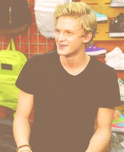 Cody Simpson.[2] Tumblr_m86w0pn15A1roufnuo1_250